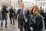 Staatsanwalt Jakob Buch-Jepsen trifft zum zweiten Prozesstag ein. (Bild: Martin Sylvest/EPA)