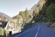 An der Gotthardstrasse müssen Felsreinigungsarbeiten durchgeführt werden. (Bild: Google Maps)