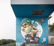 Das Wandbild an der Fassade der alten Kehrichtverbrennungsanlage. (Bild: PD (Luzern, 16. Juli 2017))