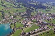 Luftaufnahme vom Raum Sarnen. (Bild: Photoramacolor)