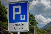 In Horw soll es ein neues Parkplatzreglement geben. (Symbolbild Neue LZ)