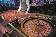 Ein Roulette-Tisch im Luzerner Grand Casino. (Bild: Boris Bürgisser Luzern, 2. Februar 2017)