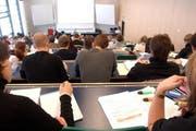Studenten in einem Hörsaal. (Bild: Archiv Neue LZ)
