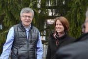 Blicken zuversichtlich in die Regierungsratswahlen 2016: FDP-Wahlkampfleiter Martin Wipfli und Parteipräsidentin Petra Gössi. (Bild: PD / Roger Bürgler)