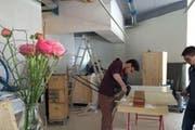 Die letzten Vorbereitungen laufen für die Eröffnung der «Gärtnerei» am 13. April in Zug. (Bild: pd)
