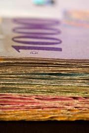 Während die Zentzralschweizer Geberkantone mehr in den Finanzausgleich zahlen müssen, erhalten die Nehmerkantone weniger. (Bild: Keystone / Gaetan Bally)
