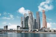 Für die Fassade des «gedrehten» Evolution Towers in Moskau lieferte Sika im letzten Jahr Kleb- und Dichtstoffe. (Bild: PD)