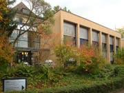 Das Gewerblich-industrielle Bildungszentrum Zug an der Zugerbergstrasse 22: Ab 2018 wird die Tagesschule Horbach hier sein Domizil haben. Der ursprünglich geplante Neubau in Cham wurde daher nicht weiterverfolgt. (Bild: Archiv)
