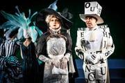 Szenenbild aus dem Musical «My Fair Lady», das diese Saison mit grossem Erfolg am Luzerner Theater angelaufen ist. Fast alle bisherigen Aufführungen waren ausverkauft. (Bild Ingo Höhn)