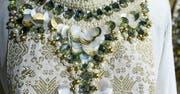 Detailreich und verziert: Das ist das Markenzeichen von Dian Pelangis Mode. (Bild: Graham Crouch (Jakarta, 22. Januar 2018))