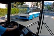 VBL-Busse unterwegs auf den Strassen Luzerns. (Bild: Archiv Neue LZ)