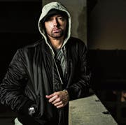 Will relevant bleiben und verrennt sich dabei: Rapper Eminem. (Bild: pd)