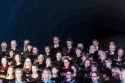 Chor und Orchester des Caecilienvereins St. Martin Altdorf singen und musizieren unter der Leitung von Aaron Tschaler. (Bild: Alexandra Wey / Keystone)