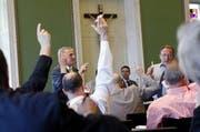 Mit 38 gegen 34 lehnte es der Zuger Kantonsrat das konsequente Weglassen der männlichen Form nur knapp ab. (Bild: Archiv Neue ZZ)