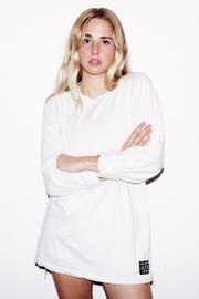 Die Vogue nennt die 20-jährige Londonerin 'The New Face of British Alt-Pop'. (Bild:PD)