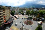 Der Bundesplatz in Luzern wird bis Mitte August umgestaltet. (Bild: Corinne Glanzmann / Neue LZ)
