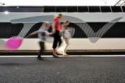 Die SBB bieten auch auf internationalen Strecken Schnäppchen-Billette an. (Bild: Keystone/Martial Trezzini)