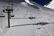 Wenn Skistar sich am Ausbau des Skigebiets beteiligt, dann will sie auch die Aktienmehrheit. Mit dieser Forderung können die Verwaltungsräte der Andermatt Gotthard Sportbahnen AG sowie die Sedrun Bergbahnen AG leben. (Bild: Keystone)