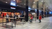 Die vier neuen Imbissstände im Bahnhof Luzern gehen am Donnerstag auf. (Bild Ramona Geiger)