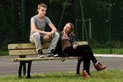 Eine Ruhe, die trügt: Rod Paradot als aggressiver Jugendlicher, Sara Forestier als seine überforderte Mutter. (Bild: PD)
