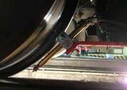 ... und eine Spritzdüse im Bereich eines Rades. (Bild Zentralbahn)