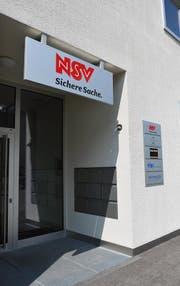 Eingang der Nidwaldner Sachversicherung (NSV) an der Riedenmatt 1 in Stans. (Bild: Corinne Glanzmann (30.05.2012, Stans))