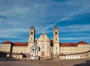 Soll noch an Imposanz gewinnen: Der Klosterplatz Einsiedeln. (Bild pd)