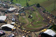 Luftaufnahme des Teffli-Rally-Gelände in Ennetmoos. (Bild Adrian Durrer)