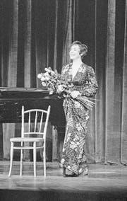 Die Sopranistin Edith Mathis erhält 1978 den Hans-Reinhart-Ring, die höchste Theaterauszeichnung der Schweiz. (Bild: Keystone (Zürich, 28. November 1978))