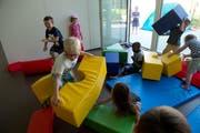 Das Schulhaus Geissenstein erhielt auch einen Erweiterungsbau mit Hort. (Bild Dominik Wunderli)