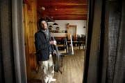 Bald geht der Vorhang zu: Wirt Reto Becker gestern im Restaurant Krienserhalle, das im April geschlossen wird. (Bild Corinne Glanzmann)
