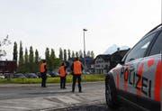 Beamte der Kantonspolizei Obwalden im Einsatz. (Bild: Kantonspolizei Obwalden)