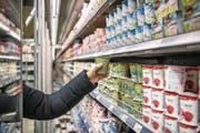 Filialen sollen mit dem Onlinegeschäft verknüpft werden: Migros in der Mall of Switzerland in Ebikon. (Bild: Pius Amrein (21. März 2018))