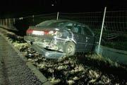 Das Unfallfahrzeug. (Bild: Kapo Schwyz)
