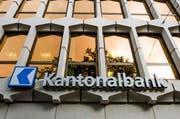 Die Luzerner Kantonalbank hat im Geschäftsjahr 2016 den Gewinn auf knapp 190 Millionen Franken gesteigert. (Bild: Keystone/Sigi Tischler)