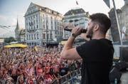 Das musikalische Zentrum des Luzerner Fests wird verschwinden. 2017 sorgten Marash & Dave (Bild) auf dem Schwanenplatz für Stimmung. (Bild: Dominik Wunderli (Luzern, 24. Juni 2017))