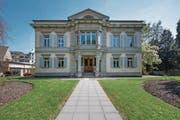 Der stattliche Rhynauerhof an der Obergrundstrasse 97 war einst ein Landhaus. Heute gehört es dem Städtischen Frauenbund. (Bild: Pius Amrein (Luzern, 12. April 2017))