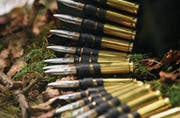 Munition des Schweizer Rüstungsunternehmens Ruag. (Bild: Facundo Arrizabalaga/EPA)