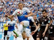 Von St. Pauli in die Zentralschweiz: Sebastian Schchten (re.) wechselt zum FC Luzern (Bild: KEYSTONE/AP/MICHAEL PROBST)