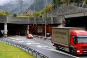 Das Portal des Gotthard-Strassentunnels auf der Urner Seite. (Archivbild Boris Bürgisser/Neue LZ)