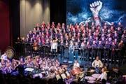 Chor Audite Nova Zug mit der Brassband Rickenbach. (Bild: Christian H. Hildebrand (Zug, 17. März 2018))