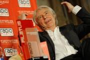 Emil Steinberger, der bisher einzige «Ehren Rüüdige Lozärner», nach der Preisübergabe 2013. (Bild: Boris Bürgisser / Neue LZ)