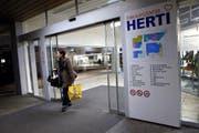 Das Hertizentrum wo der Coop eingemietet ist wechselt zur Migros.Im Bild Hertizentrum. 31.Januar 2014 (Neue ZZ/Werner Schelbert) (Bild: Werner Schelbert (Zug, 31. Januar 2014))