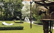 Im Park der Villa Fürth in Chur erfreut man sich am Anblick der Skulpturen von Jean Tinguely, Bernhard Luginbühl und Niki de Saint Phalle.