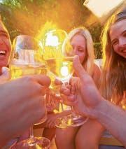 Zusammensein, Draussensein, ein kühler Drink: prächtiger Sommer!