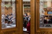 Die Schlussabstimmung zur Rentenreform am 17. März im Nationalrat verspricht Spannung. (Bild: Alessandro della Valle/Keystone)