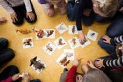 In Spielgruppen werden künftig vermehrt jüngere Kinder spielen, da man neu überall ab 4 Jahren den Kindergarten besuchen darf. (Bild Manuela Jans-Koch)