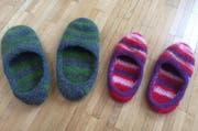 Gefilzt: warme Pantoffeln für kalte Wintertage. (Bild: Leserbild)