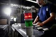 Nur noch grünes Licht für den Sozialplan. Ein Mitarbeiter der Boa AG in Rothenburg. (Bild: Nadia Schärli / Neue LZ)