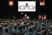 Etwa 1000 Militärs und rund 150 Gäste nahmen am Rapport in Alpnach teil. (Bild: PD)